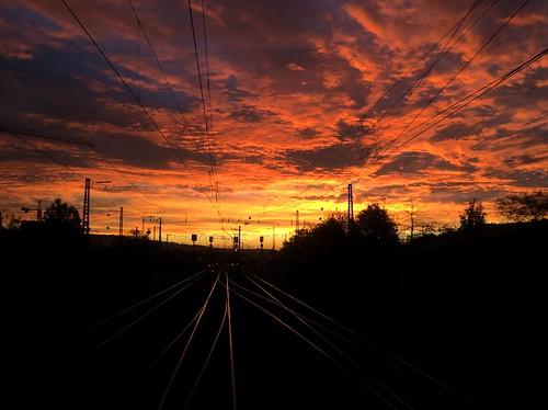 sky clouds sunrise himmel wolken eisenbahn railway bahn sonnenaufgang esslingen iphone 5s