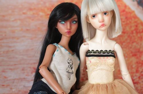 Ninon & Manon LillyCat