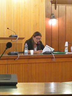 La Di Ciolla mentre legge la relazione sul bilancio di previsione