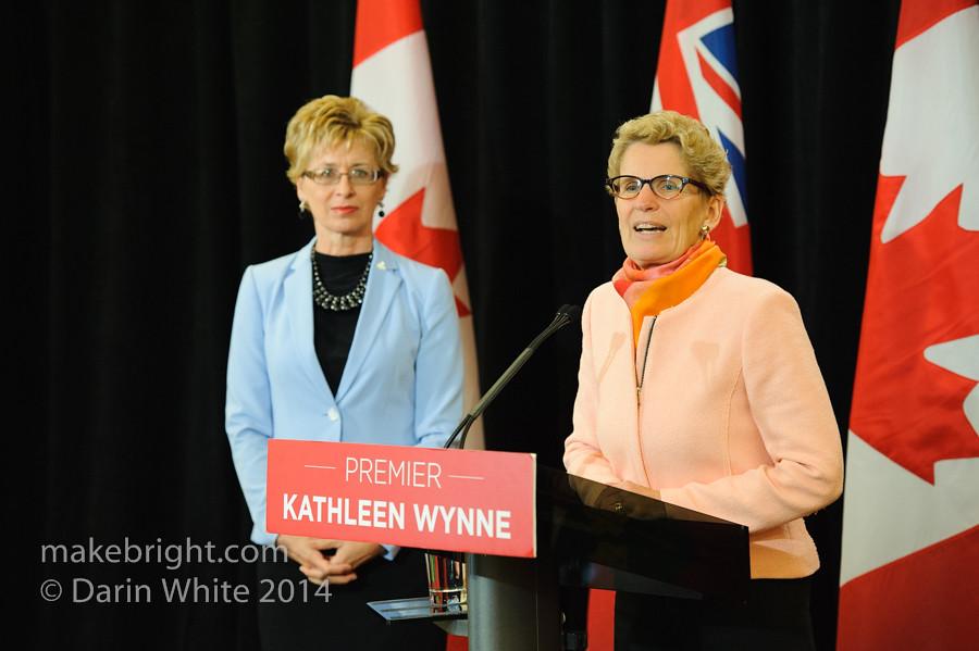 Premier Wynne scrum 2014-10-10-114