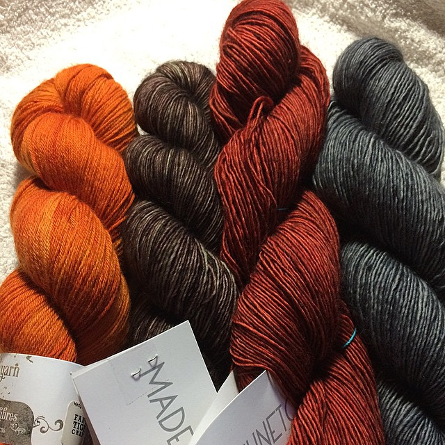 Think I have found my colors for the new @westknits #MKAL #madelinetosh @hedgehogfibres #knitting