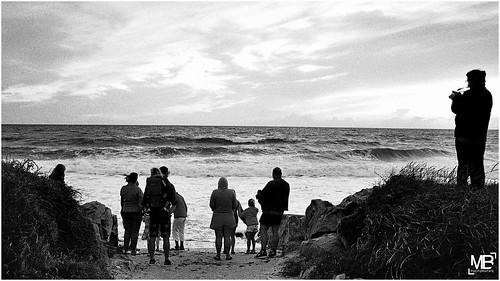 sunset bw mer france film monochrome vacances twilight kodak silhouettes scan dxo m6 2014 cs6 analogique lespieux epsonv700photo