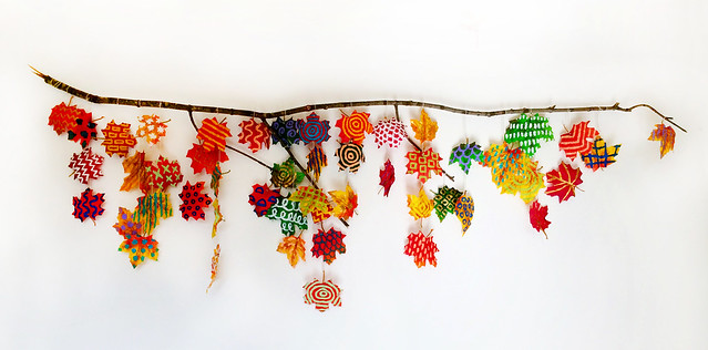 10.19 shower leaf garland