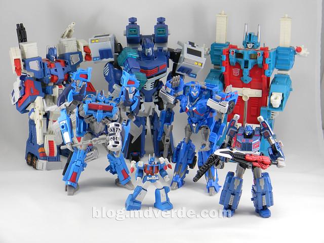 Transformers Ultra Magnus Voyager - Transformers Prime Beast Hunters - modo robot vs otros Ultra Magnus