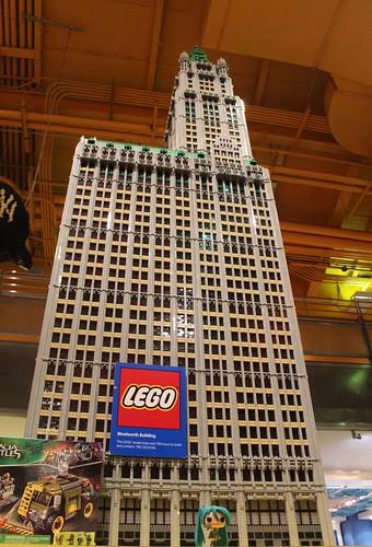 Times Square ToysRUs