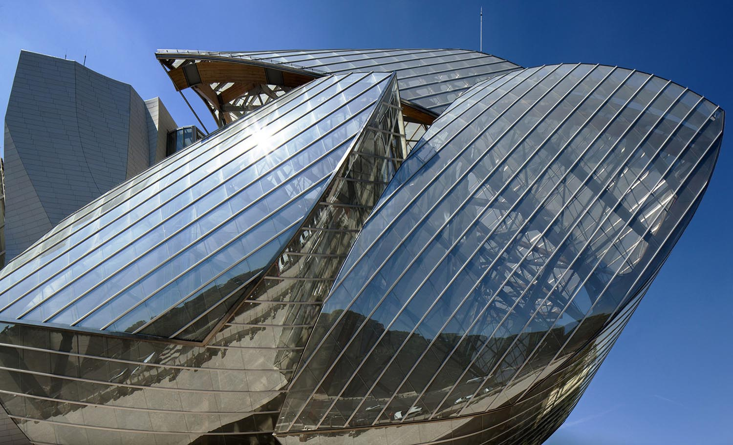 mm_Fondation Louis Vuitton design by Gehry Partners_07