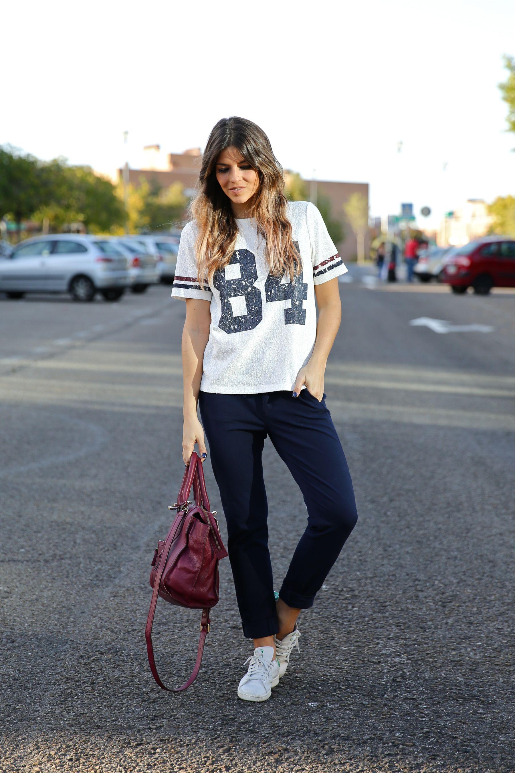 trendy_taste-look-outfit-street_style-ootd-blog-blogger-fashion_spain-moda_españa-zara-stan_smith-adidas-cosette-tee-baseball-camiseta-numero-pantalón-capri-pinzas-8