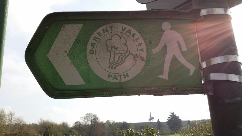 Joining the Darent Valley Path for a short while #ERHtoGRV #sh