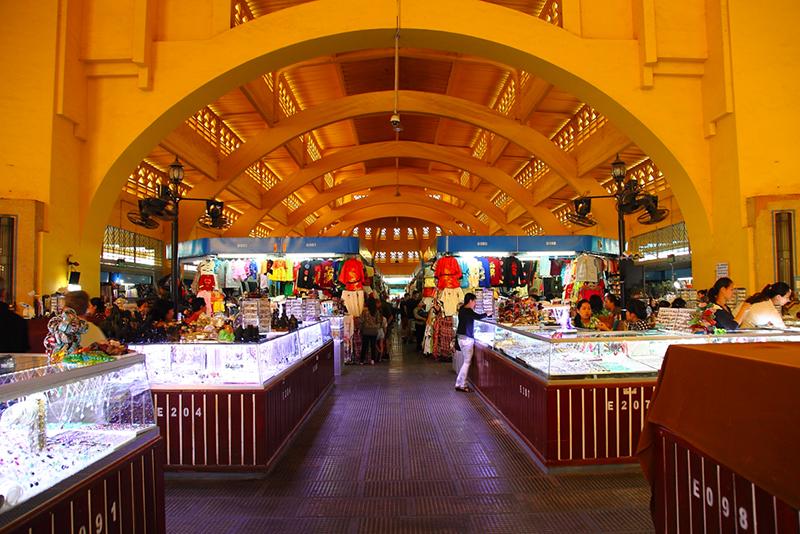 Central-Market-Interior