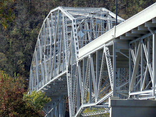 Cordell Hull Bridge (2014 reopened) truss detail - Carthage, TN