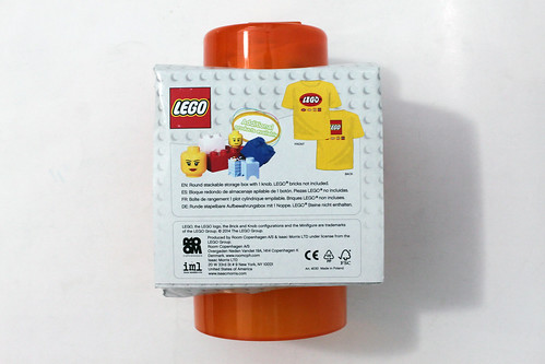 LEGO Retro Storage Brick & T-Shirt Combo