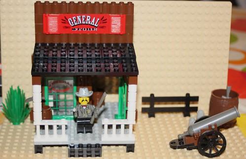 6765_Lego_Western_Main_Street_09