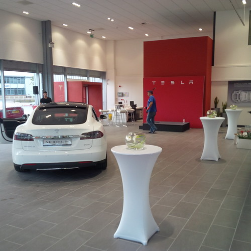 Tesla B