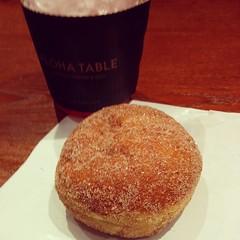 doughnut(0.0), pastry(0.0), meal(1.0), breakfast(1.0), baking(1.0), baked goods(1.0), food(1.0), dish(1.0), soufflã©(1.0), dessert(1.0), cuisine(1.0),