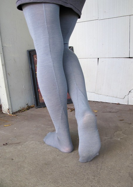 Feet fetish tights