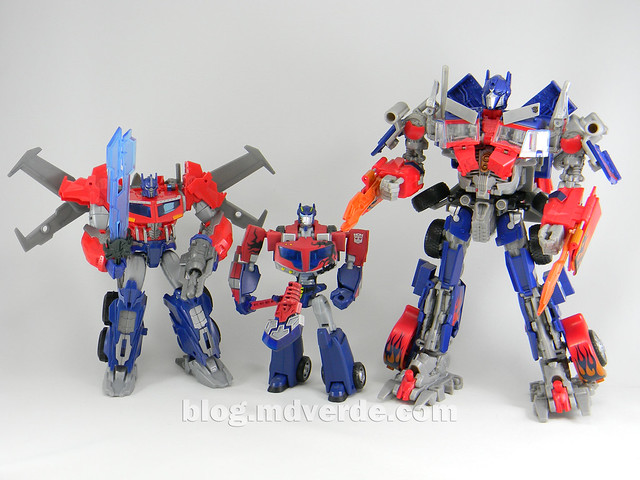 Transformers Hunter Optimus Prime Voyager - Transformers Go - modo robot vs otros Optimus