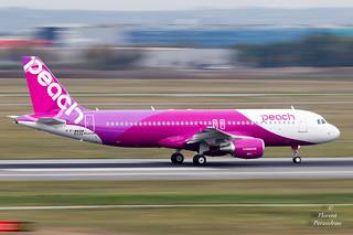 JA814P Peach Airbus A320-214 - cn 6335