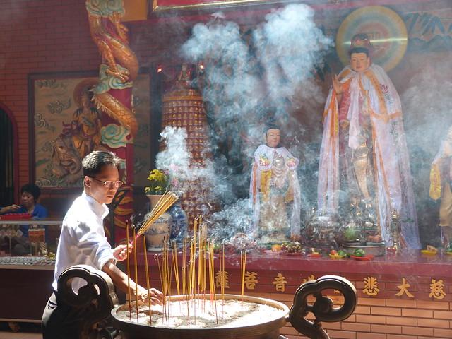 Templo en Saigón (Vietnam)