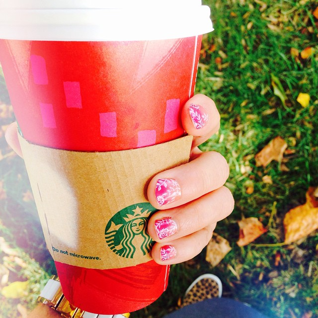 9. I finally got my first red cup, heck yes! And, yes... Somehow it always tastes better in that red cup. My nails are also looking extra fabulous today with their first jam spread. This mani was done with their Carmen Ombre set, which is perfect, because