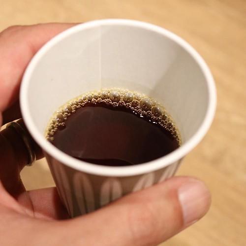 すっきりフルーティで、めちゃ美味しかった。その日によって、コーヒーの豆と産地が変わります。人工的にコーヒーを掛け合わせて新しい品種をつくるって話が、面白かった。