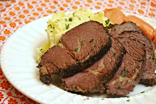 what 39 s cookin chicago sous vide pot roast. Black Bedroom Furniture Sets. Home Design Ideas