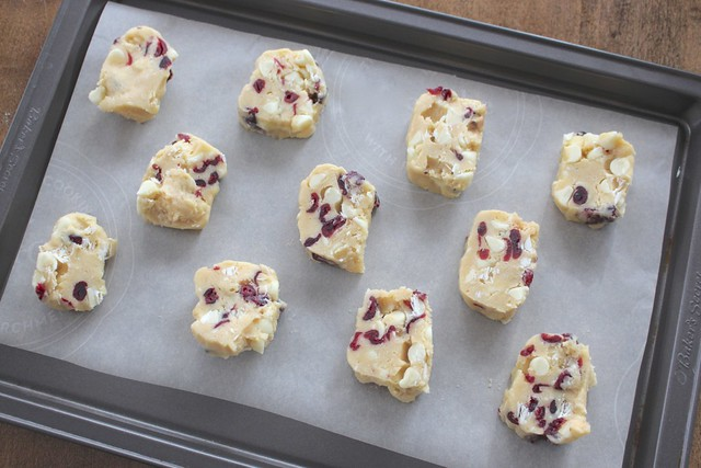white-chocolate-cranberry-cookies-bake