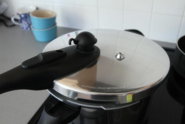 Tower Housewares Pressure Cooker