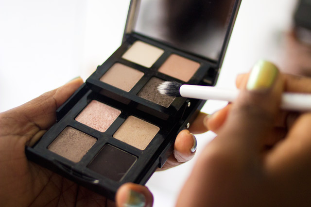 eyeshadoes for darker skin tones