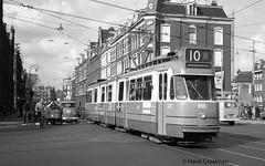Dubbelgelede 'stuurstromers' in Amsterdam 635-669