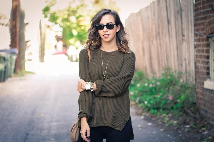 casual fall style. madewell sweater. distressed black denim. tibi ankle booties. fall style. andrea viza. va darling. dc style fashion blogger. fashion blogger.14