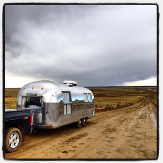 The most treacherous moment of our trip. A 4x4 stops us to warn of a quarter mile stretch of deep mud up ahead. We put the #silverado into 4 wheel low and pushed through. Thank you, #chevrolet. #airstream #airstreamdc2cali #vintageairstream