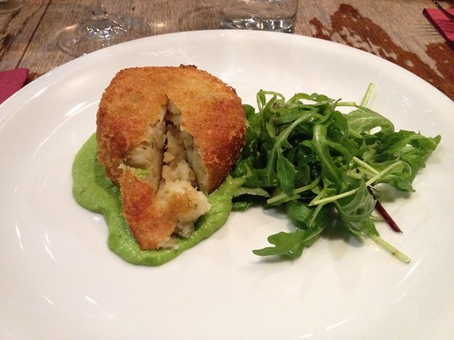 IMG_0860_cod fishcake pea puree