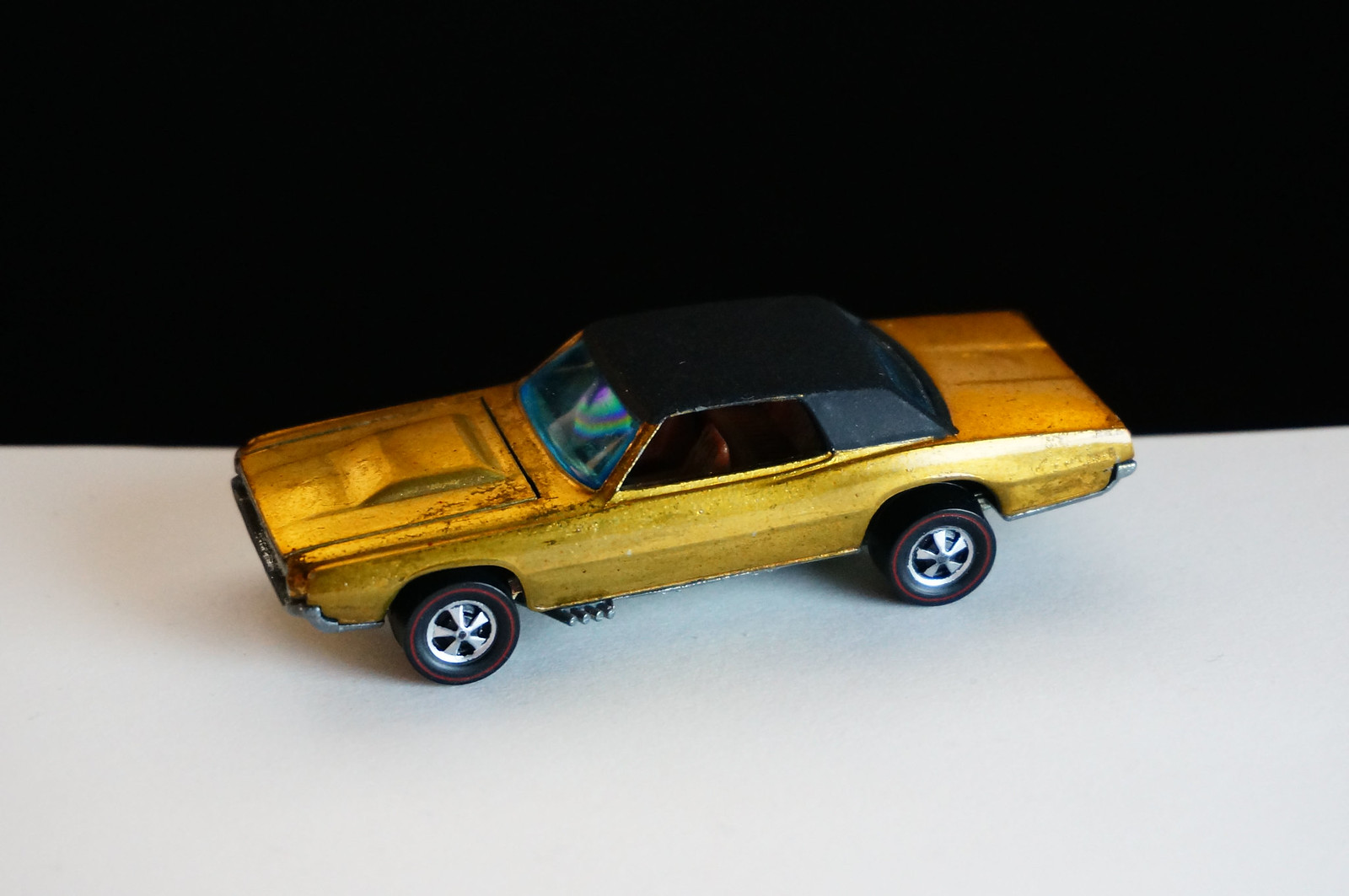 Hot Wheels Redline Gold Custom T-Bird HK Early Production