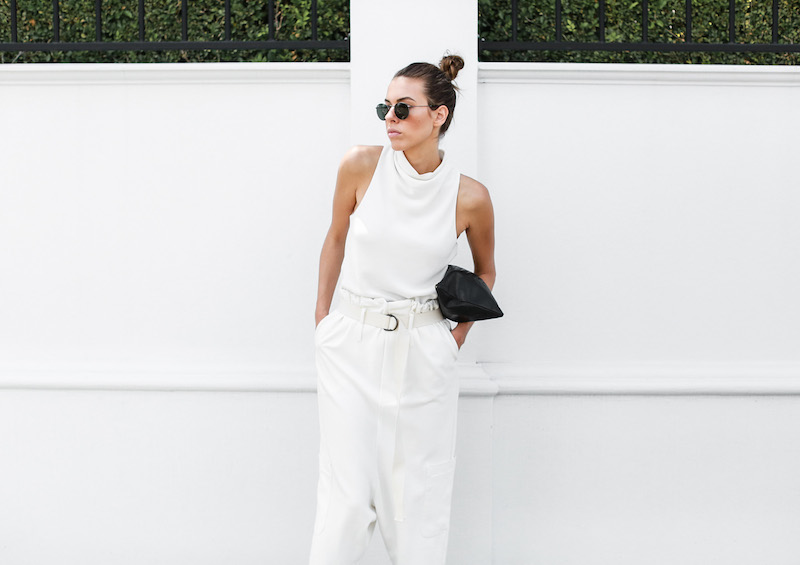 modern legacy fashion blog Bassike slouch pant all white outfit street style Camilla and Marc MONDEFILE slide sandals (5 of 6)
