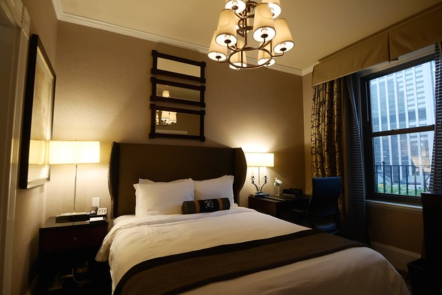 土, 2014-10-04 16:54 - Copley Square Hotelの部屋