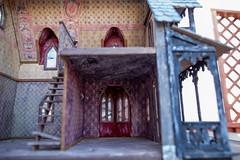 AbandonedDollHouse-3