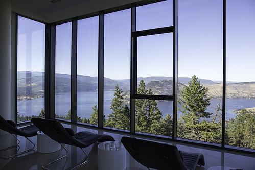 view britishcolumbia tearoom vernon okanaganlake relaxationroom sparklinghillssparesort