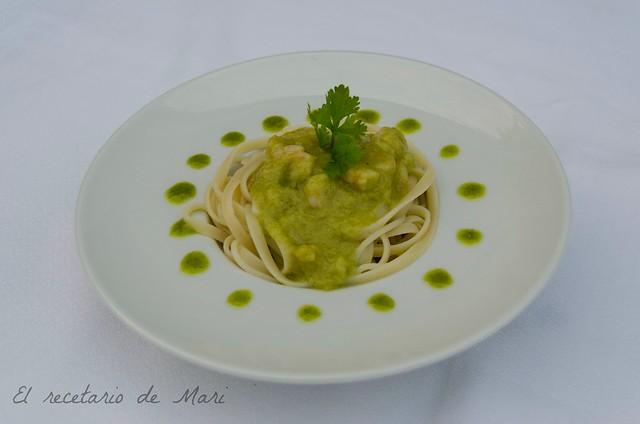 Tallarines en salsa verde y cilantro 3