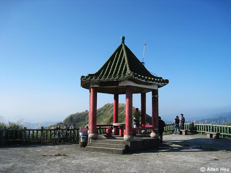Buyan Pavilion 不厭亭