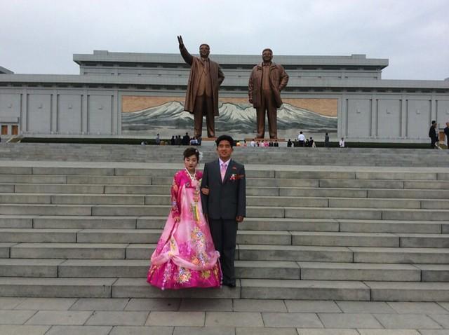 Pyongyang Wedding - Thomas Shubbuck's Pictures from North Korea