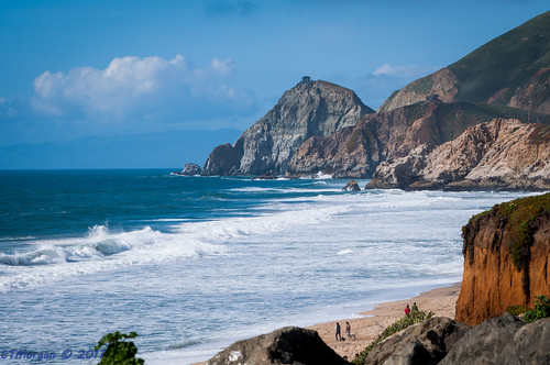 montara california unitedstates californiacoast surf rocks waves breakers
