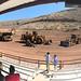 """Durante la visita a Las Vegas, la delegación latinoamericana pudo conocer las ocho nuevas máquinas de Caterpillar, conocidas como""""Eight Cat"""", entre las que se encuentra el excavador sobre ruedas M317F"""