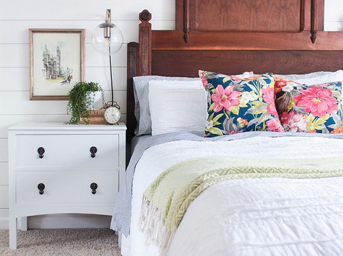 farmhouse-night-stand-bedroom-furniture