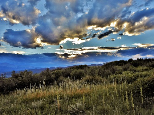 janelazarz walkingcolorado coloradosprings colorado clouds sunset grassland trails