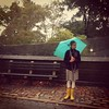 A bit of Sunshine #rainyday #yellowrainbootd #nyc #centralpark #fall #autmn #turquoiseumbrella