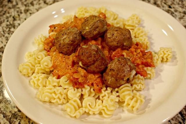 Meatball full plate
