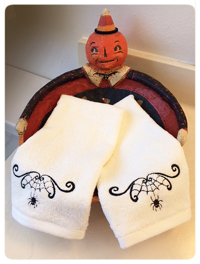 Jody's-Photo-Jack-o'-lantern-towel-bowl