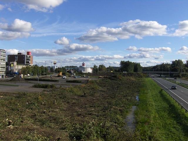 Hämeenlinnan moottoritiekate ja Goodman-kauppakeskus: Työmaatilanne 11.9.2011 - kuva 2