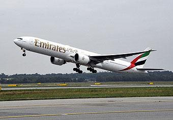 Emirates B777-300ER despegando (Emirates)