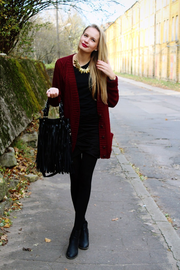 burgundy-color-cardigan